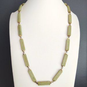 Green rectangular beaded necklace w/gold accents